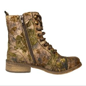 UNITY IN DIVERSITY Women's Liberty Boots Size 35